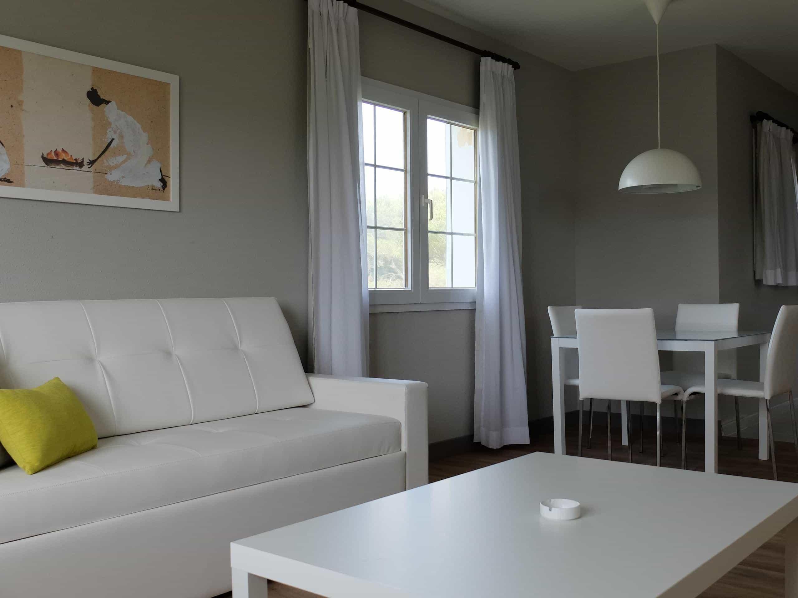 Hotel Apartamentos HG JardindeMenorca juniorsuitesuperior sofa g